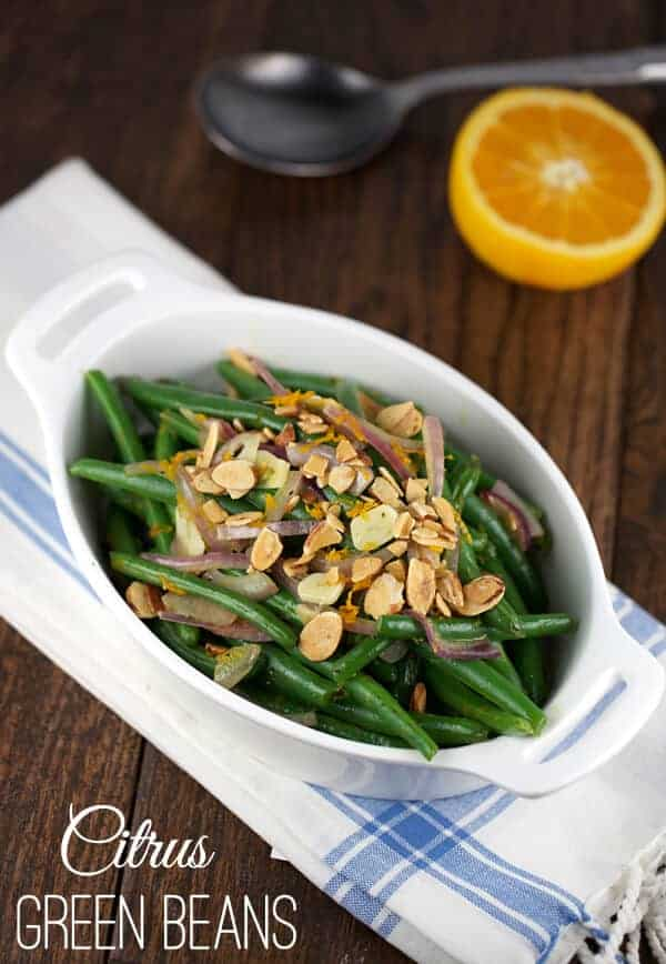 A healthy serving of Citrus Green Beans with crunchy almonds | jessicgavin.com #greenbeans #recipe