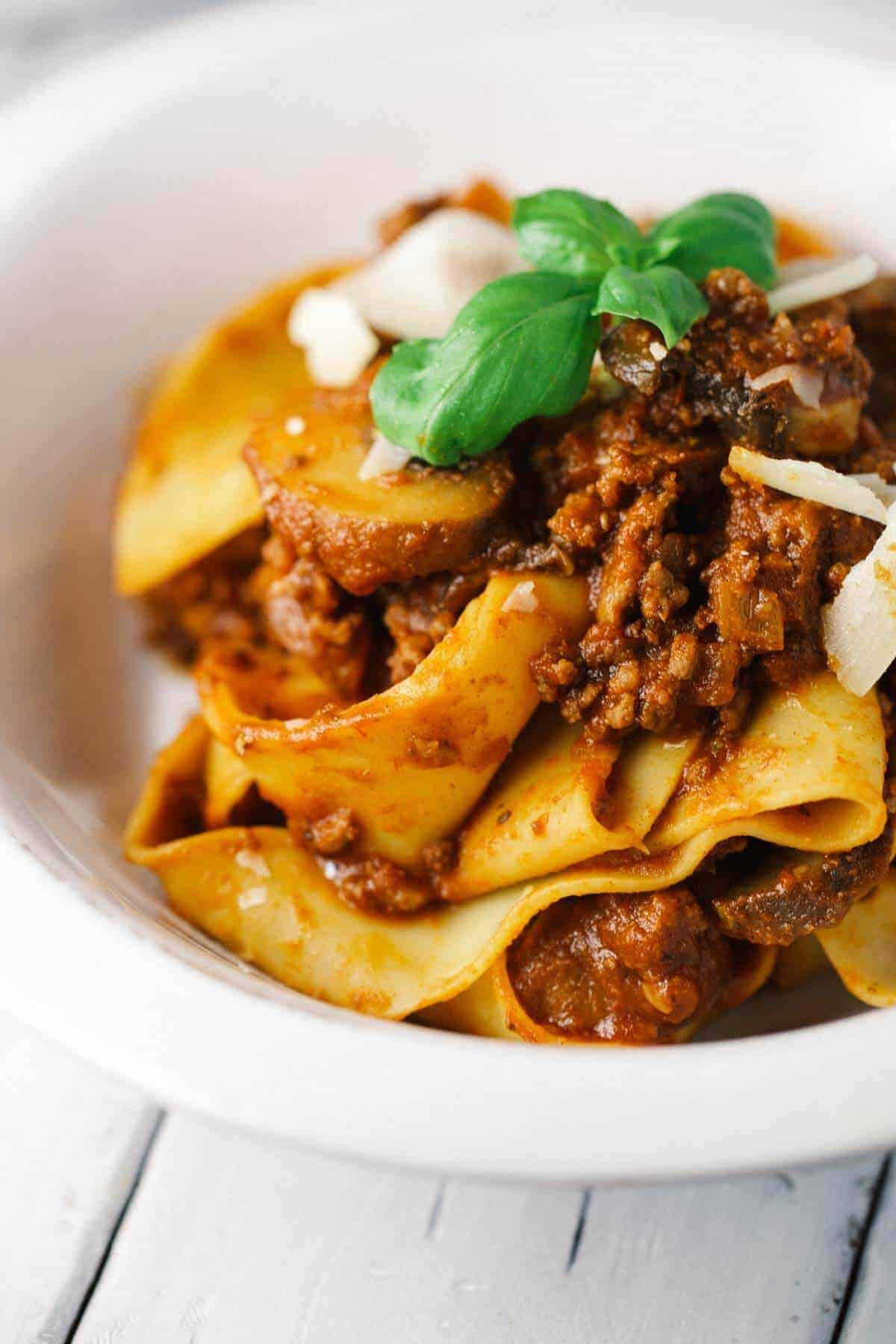 Hearty Beef Bolognese Sauce with Pappardelle Pasta - Recipes by ...