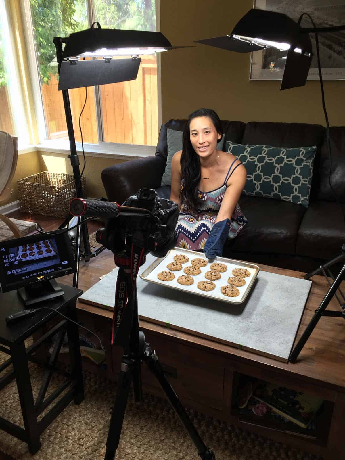 jessica-behind-the-camera-shooting-cookie-video