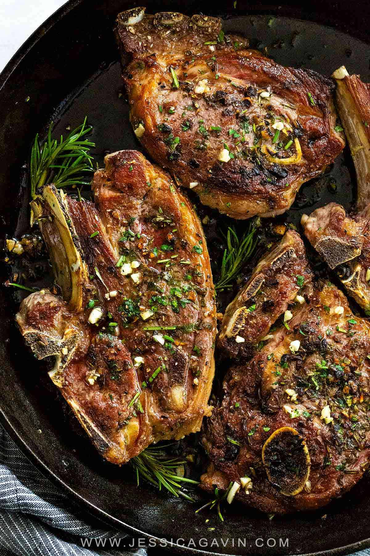 Lamb chops marinated in garlic, rosemary, thyme, and olive oil then pan-seared on the stovetop to create a wonderfully flavorful crust. #lamb #lambchops #panseared