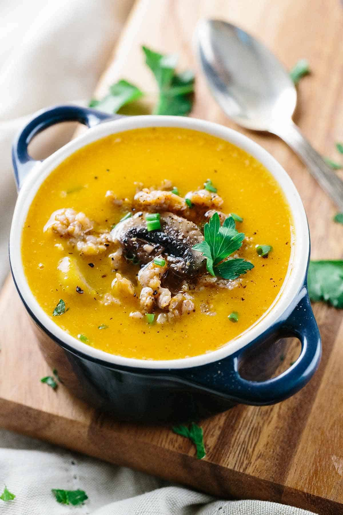 Rustic Italian Butternut Squash Soup - Hearty and flavorful Tuscan inspired recipe with savory sausage and mushrooms. | jessicagavin.com