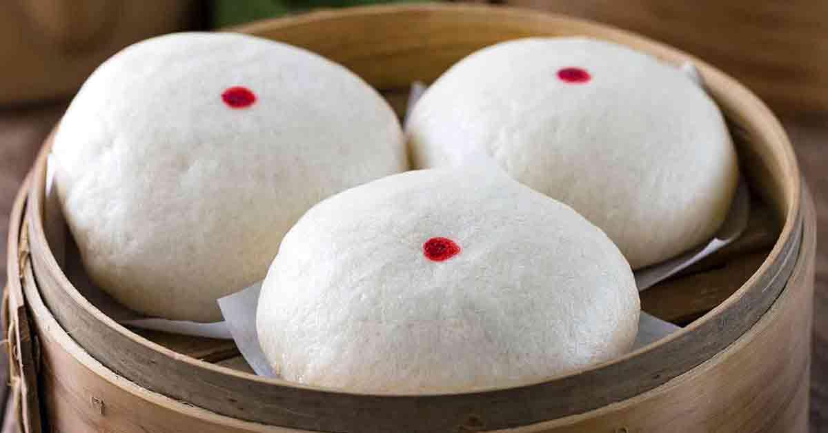 Chinese Steamed Custard Buns (Nai Wong Bao) - Jessica Gavin