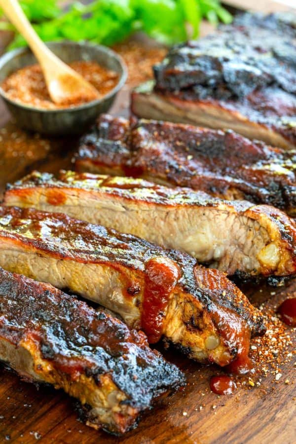 Spare ribs cut into pieces on a cutting board