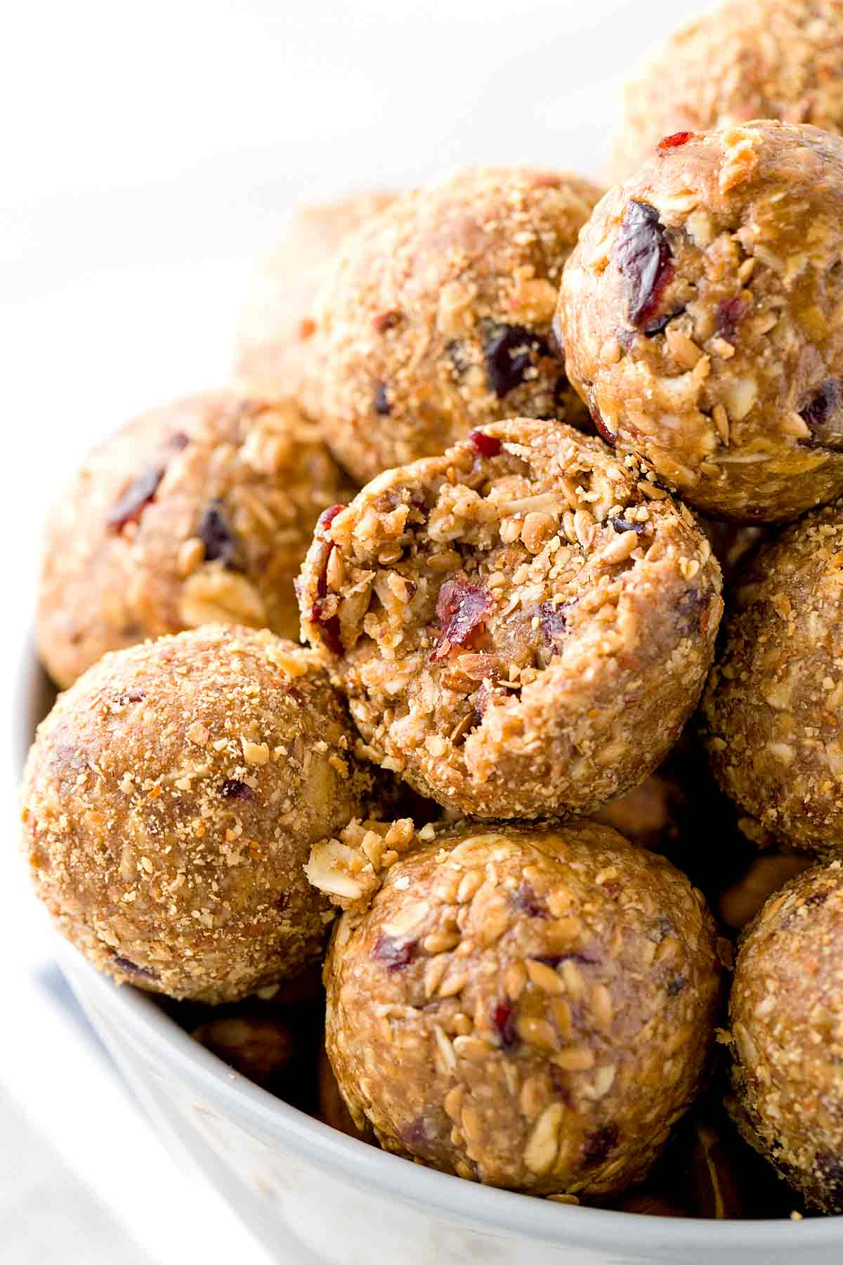 No bake energy bites packed with protein and nutritious ingredients for your on the go lifestyle.