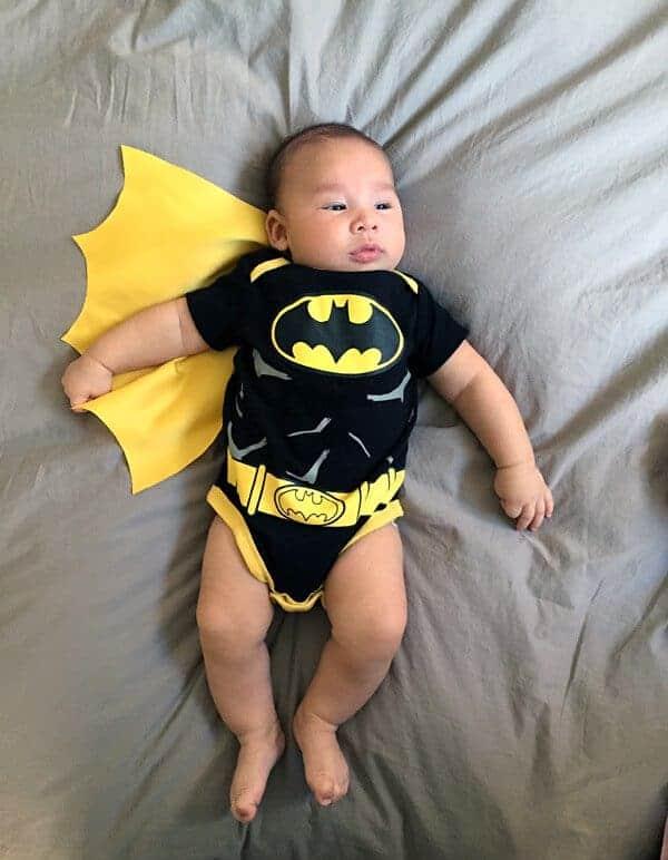 Baby James wearing Batman Onesie Halloween Costume | jessicagavin.com
