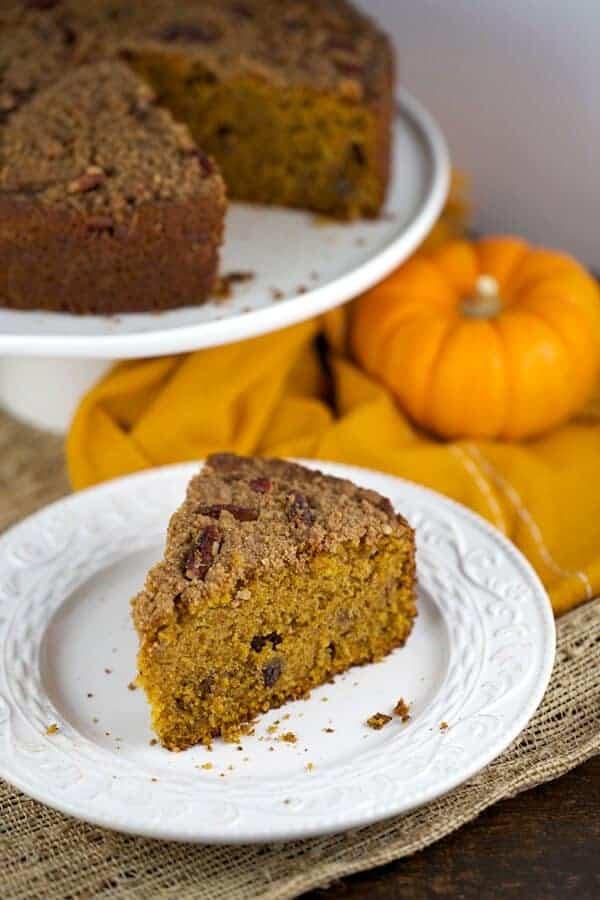 Moutwatering slice of pumpkin coffee cake