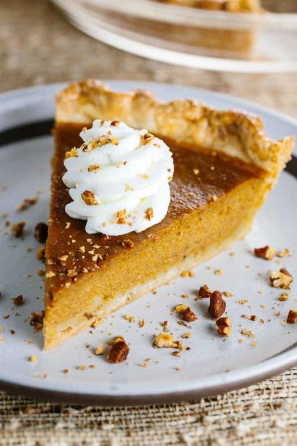 homemade-classic-pumpkin-pie-recipe