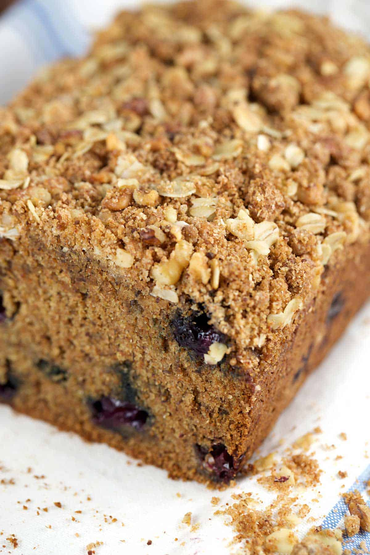 Whole Wheat Vegan Blueberry Banana Bread with Oat Crumble