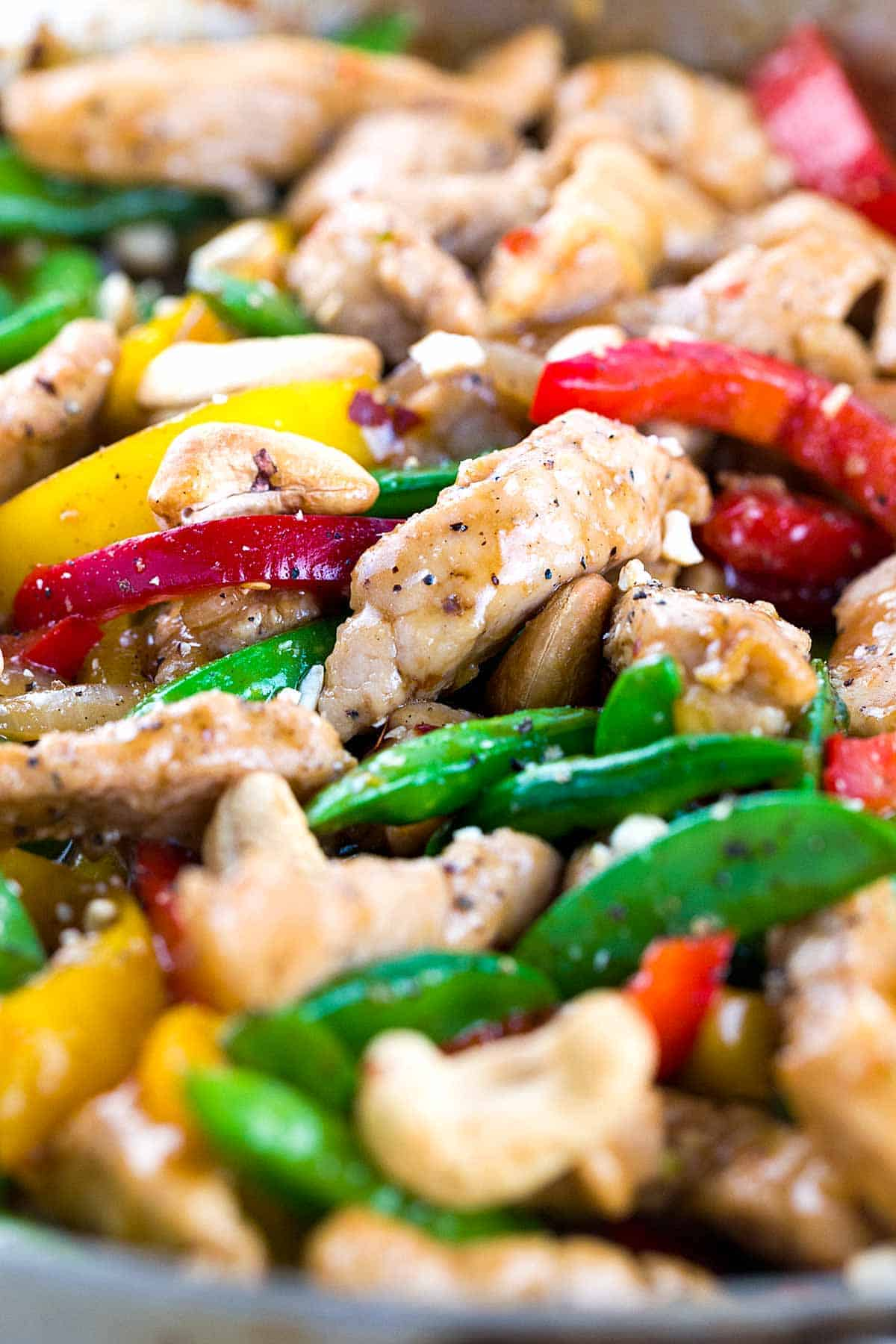 Pieces of pork and vegetables in a wok
