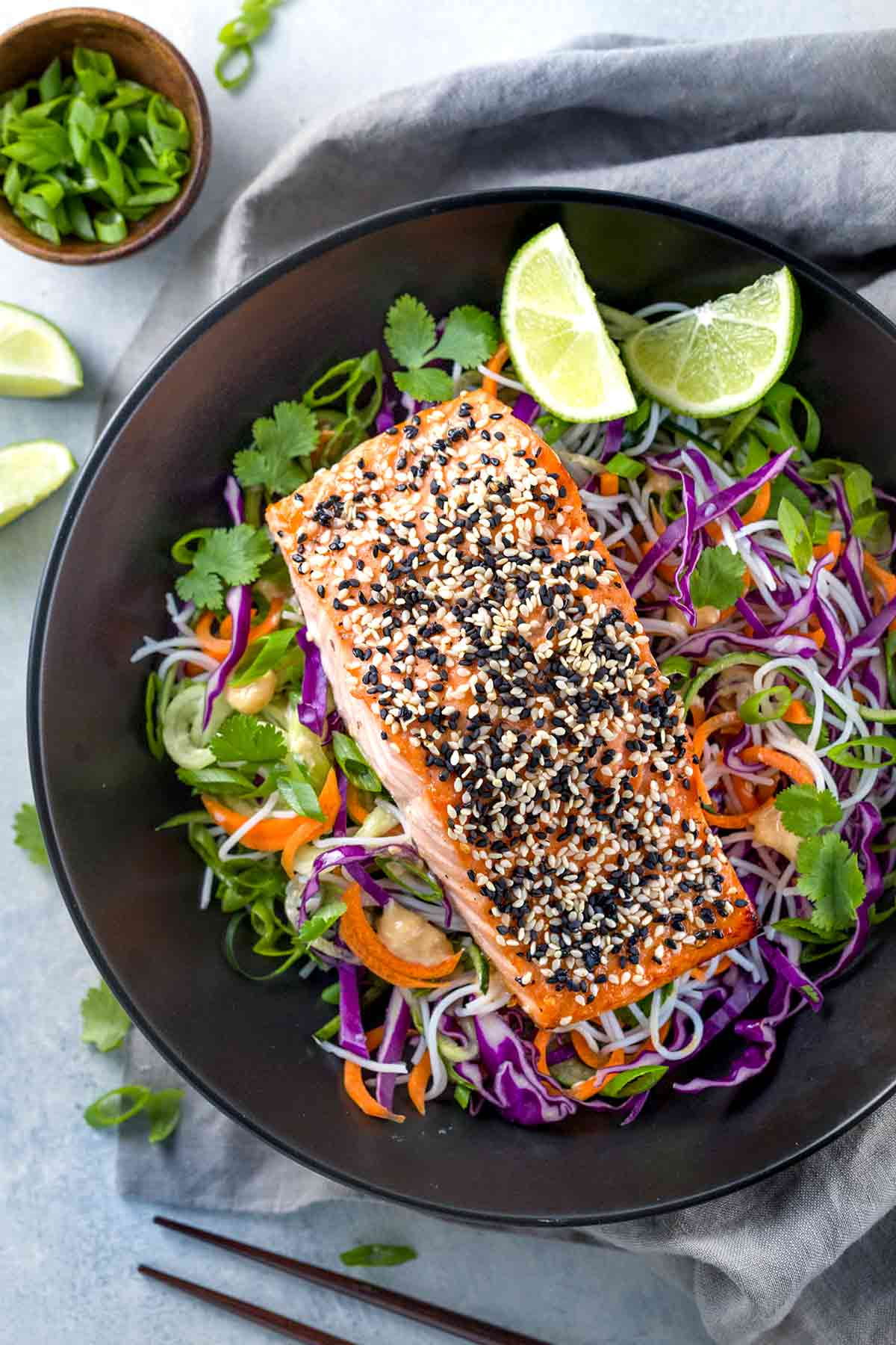 Sesame Salmon with Rice Noodle Salad | jessicagavin.com
