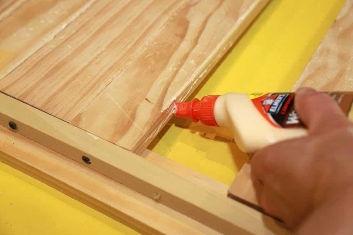 adding glue for extra strength and support | jessicagavin.com