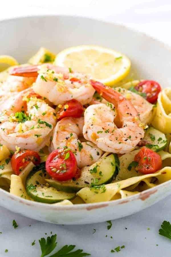A bowl of shrimp pasta with a light lemon garlic sauce