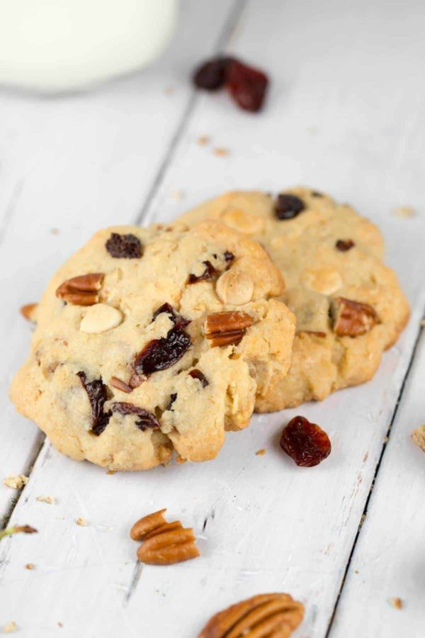 white chocolate cherry pecan cookies on a table