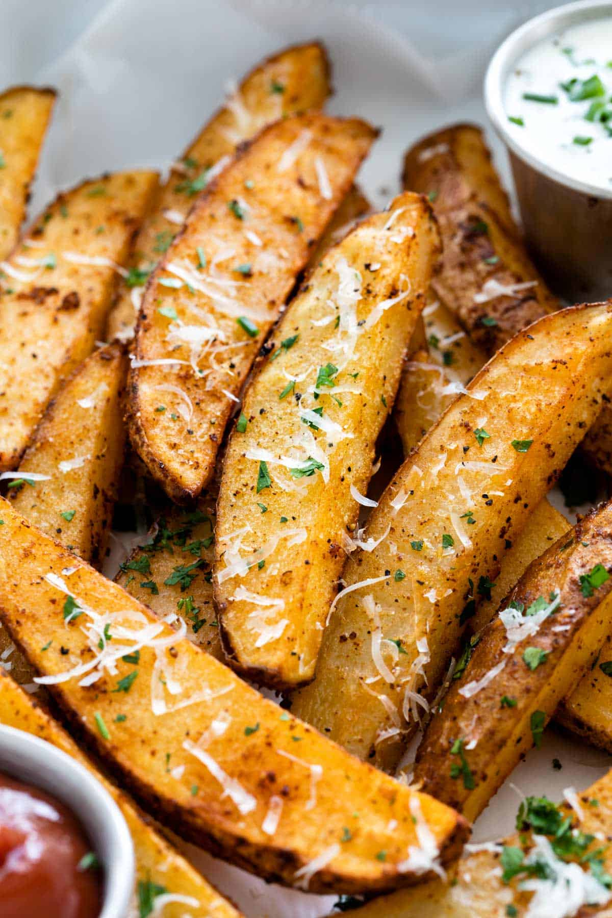 Baked Potato Wedges with Dipping Sauce