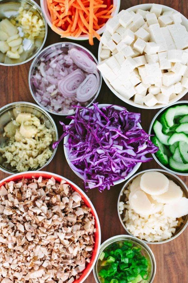 tofu and vegetable ingredients to make a stir fry