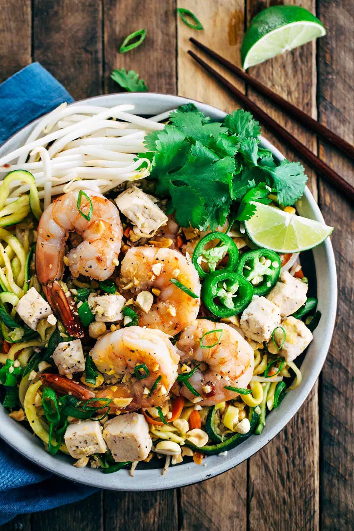 shrimp pad thai with spiralized vegetable noodles