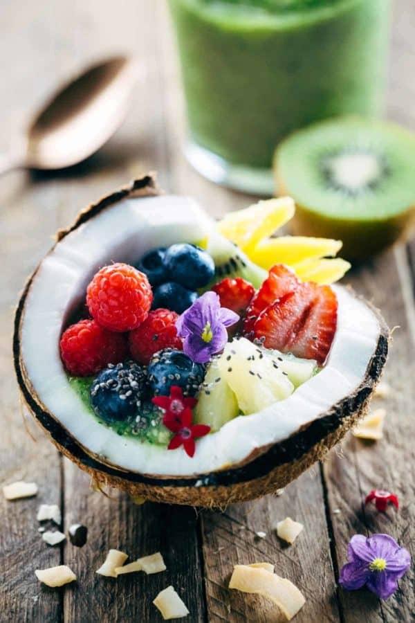Tropical Kiwi Coconut Smoothie