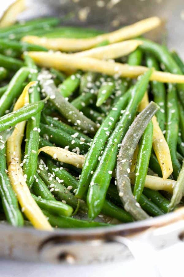 Crunchy Green Beans with Orange Miso Sauce - A healthy recipe packed with flavor! Fresh beans tossed in a sweet savory sauce and crispy panko bread crumbs. | jessicagavin.com