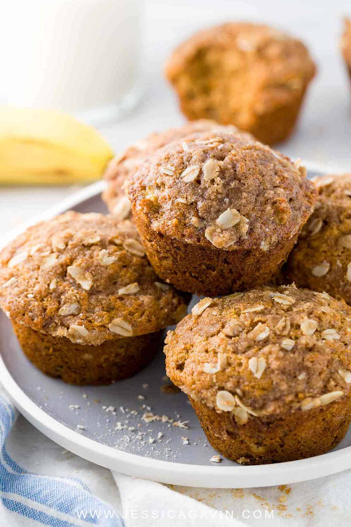 Healthy Banana Muffins with Oats