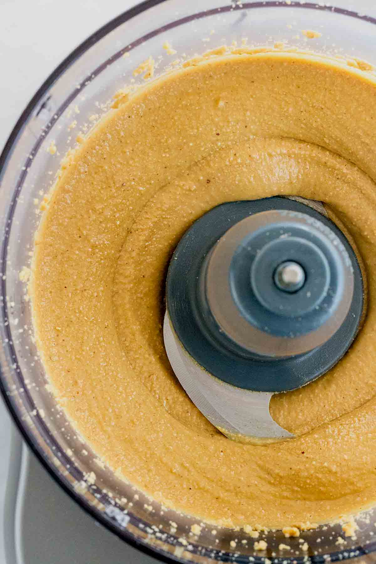 How to make peanut butter in a food processor