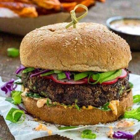 Black Bean Burgers (Veggie Burgers)
