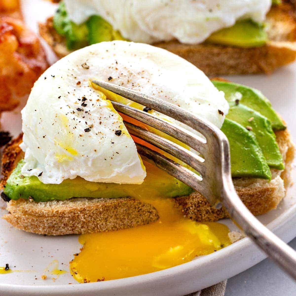 Hasil gambar untuk poach egg