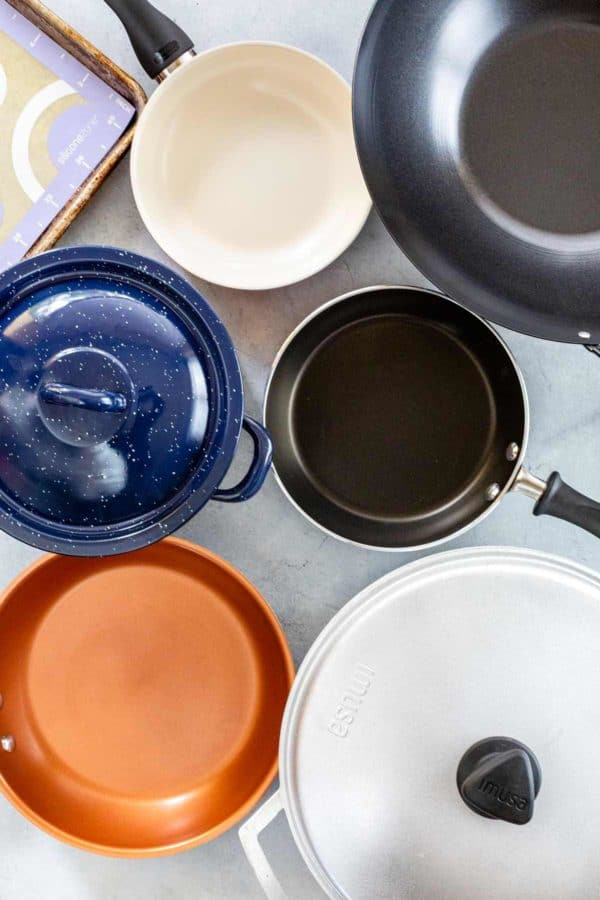 different types of cookware and materials