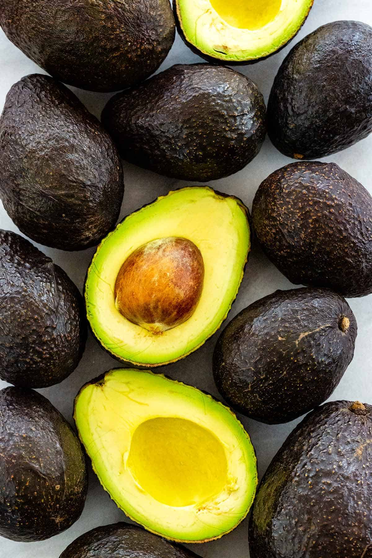 Meet the noble avocado and learn about all its nutritional superpowers; the delicious benefits of avocados just don't stop. #avocado #haas #avocadooil