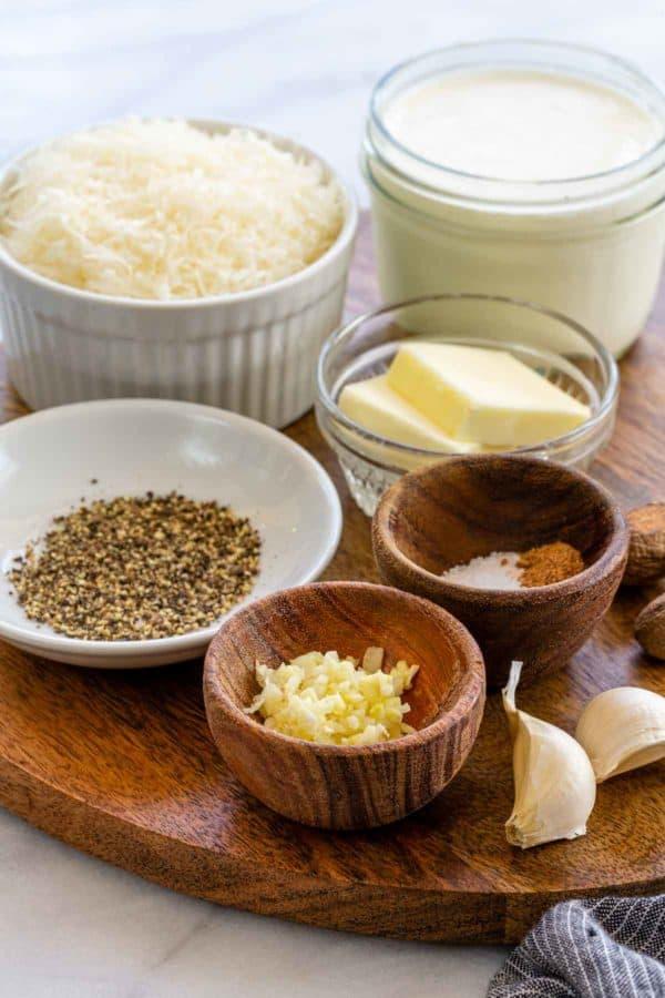 ingredients to make alfredo sauce