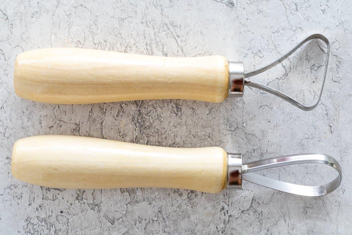 Large sculpting ribbon loop tools