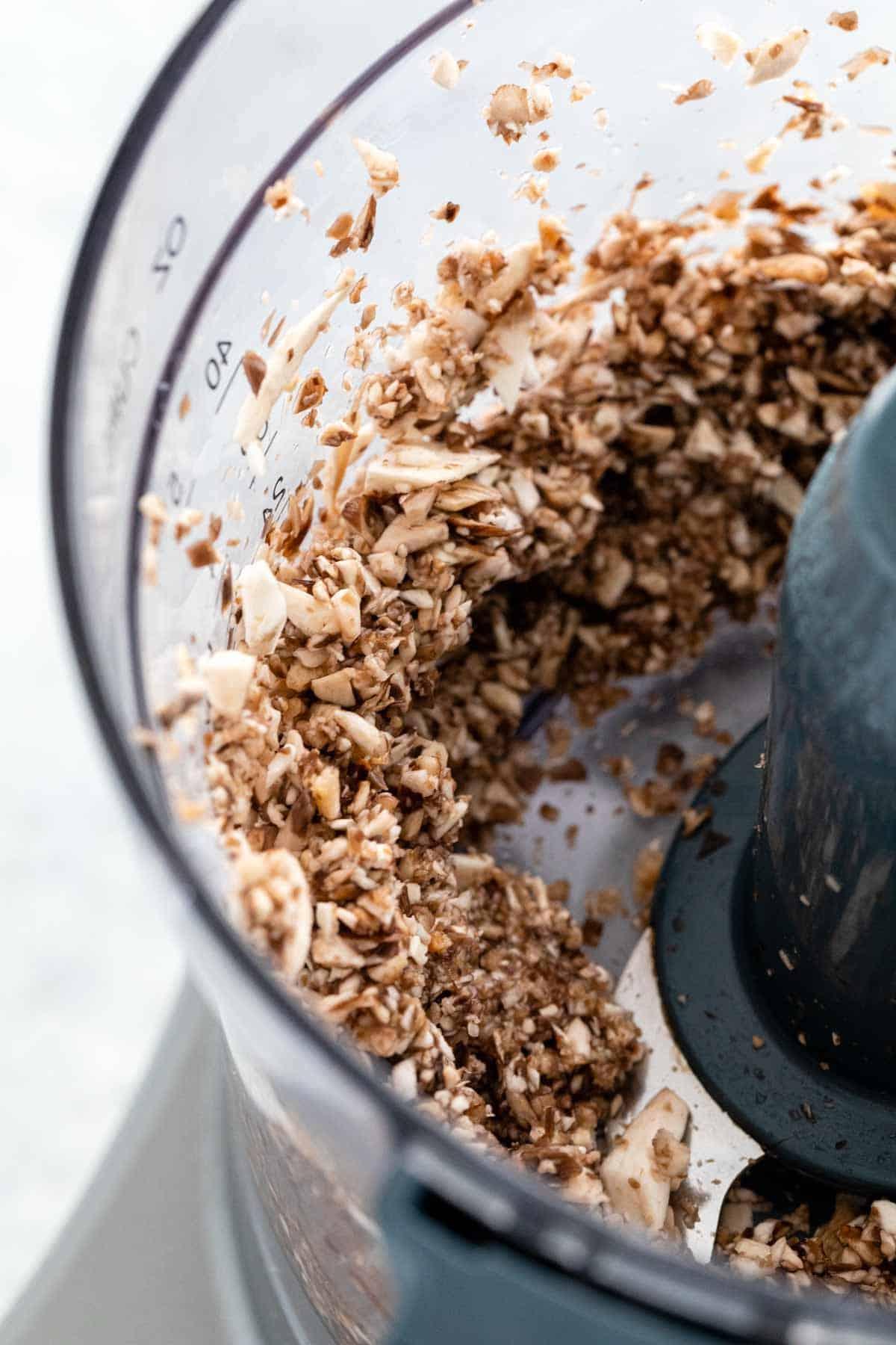 Chopping mushrooms in a food processor