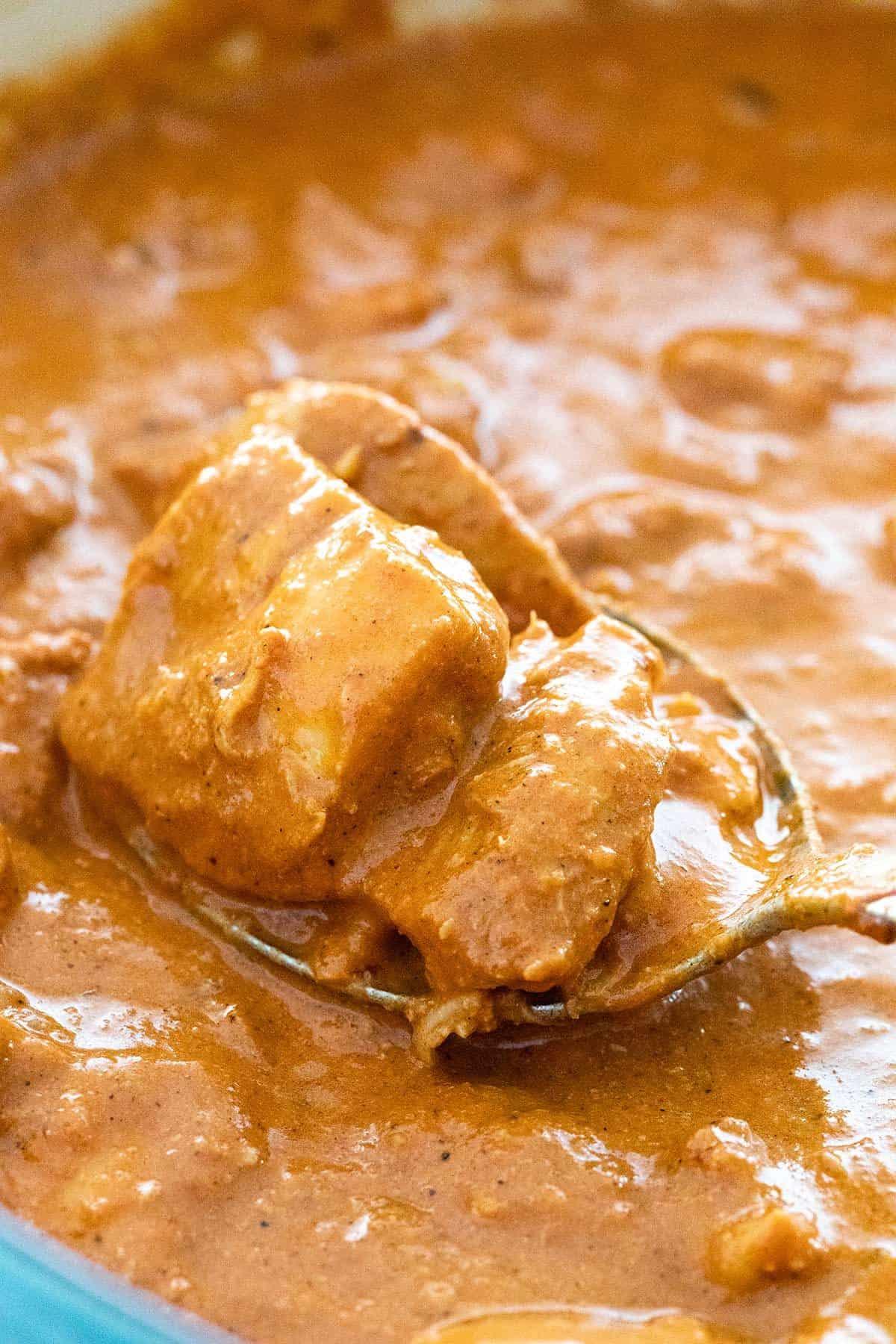 close up of chicken tikka masala