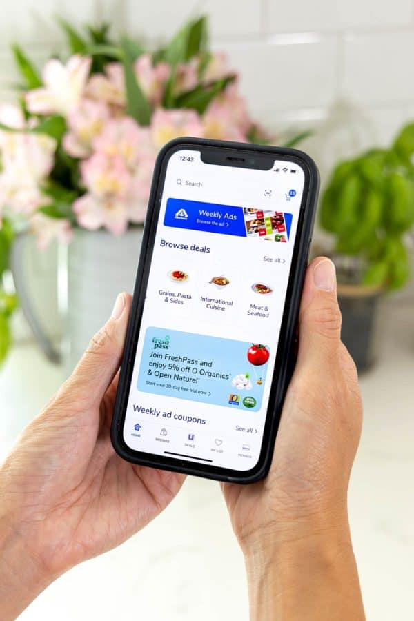 cell phone displaying the Albertsons shopping app