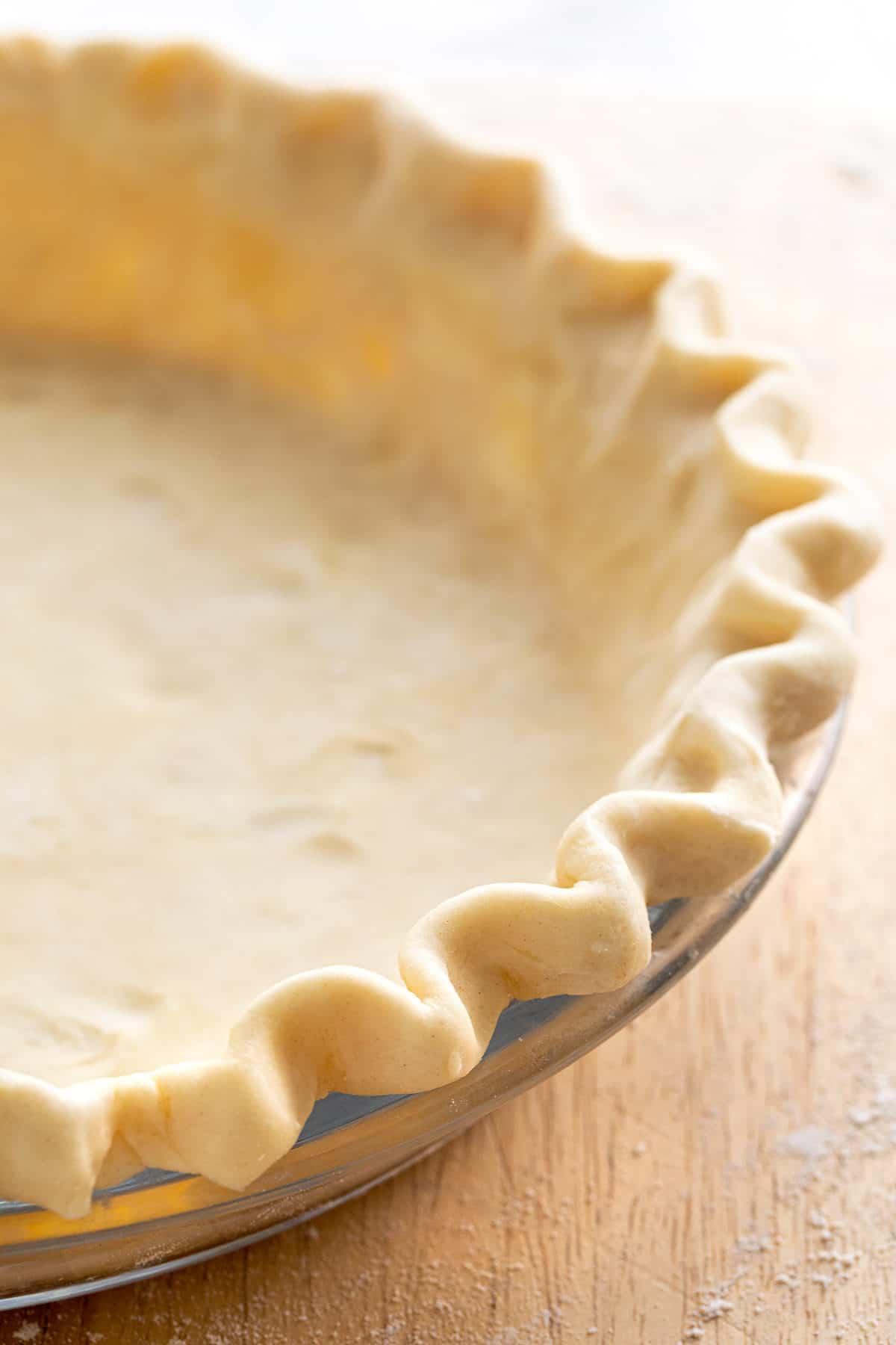 pie crust with crimped edges