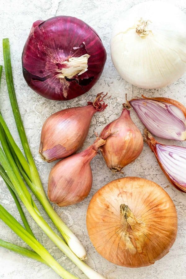 shallots and different types of onions